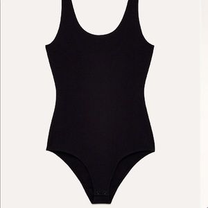 Aritzia Wilfred Free Georgianna Bodysuit in Black